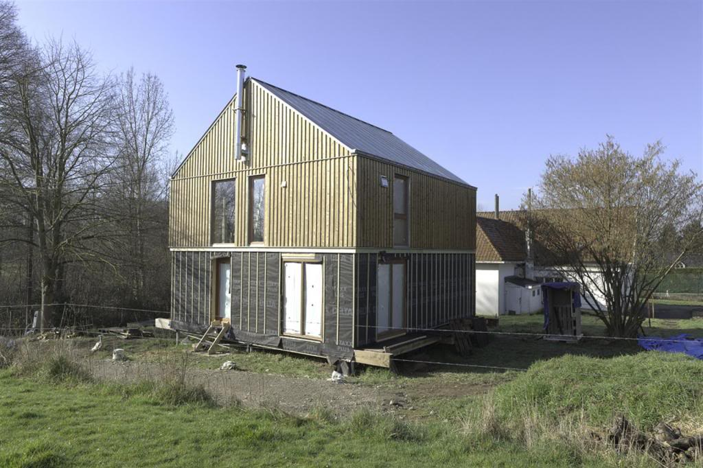 ronquieres maison ossature bois paille terre chantier 02. Black Bedroom Furniture Sets. Home Design Ideas